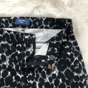 Old Navy Pants - Old Navy Leopard Print Harper Pants